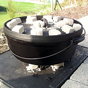 bbq toro dutch oven topf kochtopf aus gusseisen 4 2 liter gusstopf do4 5 br ter mit. Black Bedroom Furniture Sets. Home Design Ideas