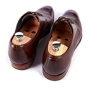 Aufgabe Schuhspanner Schuhpflege Schuhleder Spannen Schuhe Verformungen vermeiden Blasen