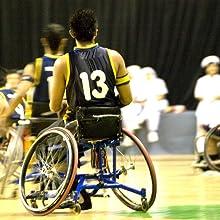 Ohne Druck und Reibung im Rollstuhl