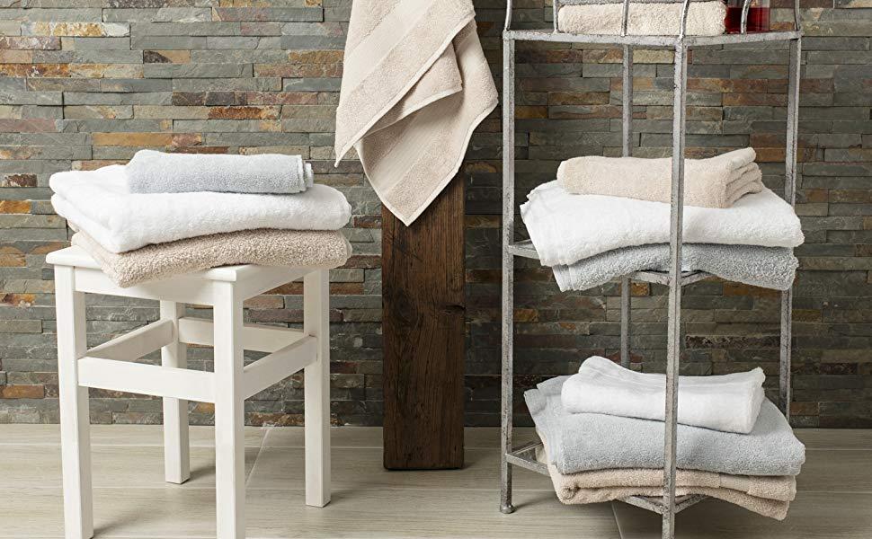 Diseño cómodo y elegante. ¡Los diferentes juegos de toallas ...