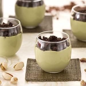 Mousse de pistacho con crumble al cacao