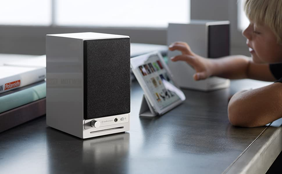 Audioengine HD3 - Altavoces de Escritorio inalámbricos (60 W, USB ...