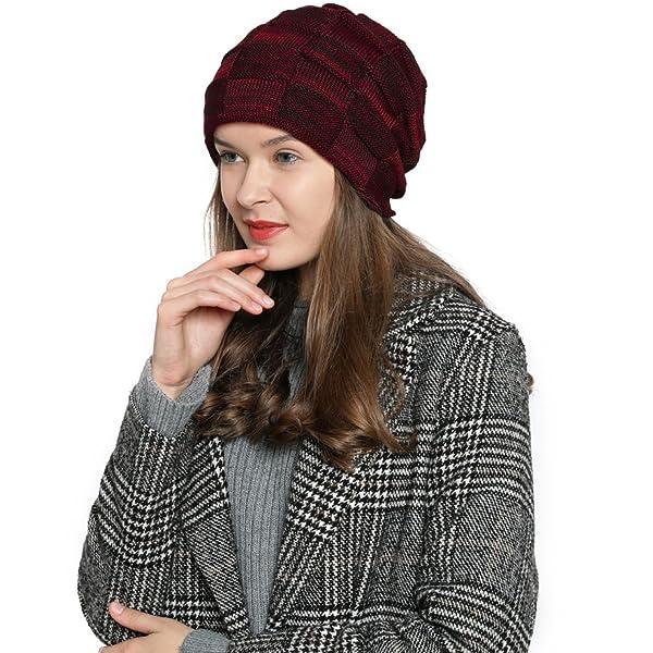 DonDon Mujer Gorro Gorro de invierno con forro interior suave. El gorro  tipo beanie ... 3794ee4a904