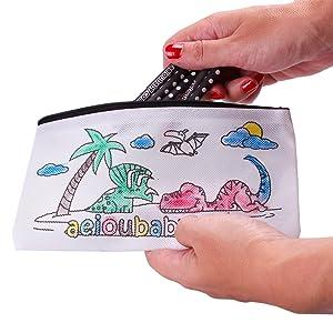 aeioubaby.com 25 Estuches para Colorear + 1 Bolsa Reutilizable   25 Bolsas Individuales con 5 Ceras de Colores y Globo   Regalo niños Fiestas y cumpleaños: Amazon.es: Juguetes y juegos