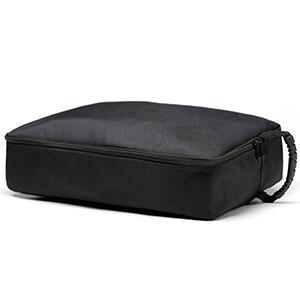 Doblada en un bolso portátil