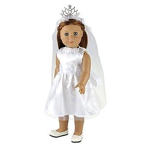 El vestido novia con el velo, las niñas podrán imaginar muchas escenas románticas, desde pedidas de mano a viajes de novios.