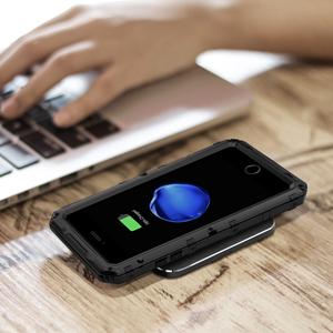 Compatible con la función de carga inalámbrica y Apple Pay
