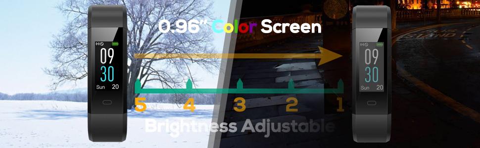 """0.96 """"La pantalla a color ya no lo hace monótono"""
