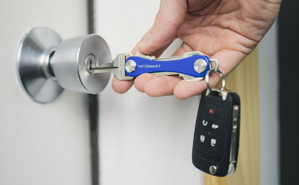KeySmart Extended | Compacto llavero y organizador (2-14 llaves, azul)