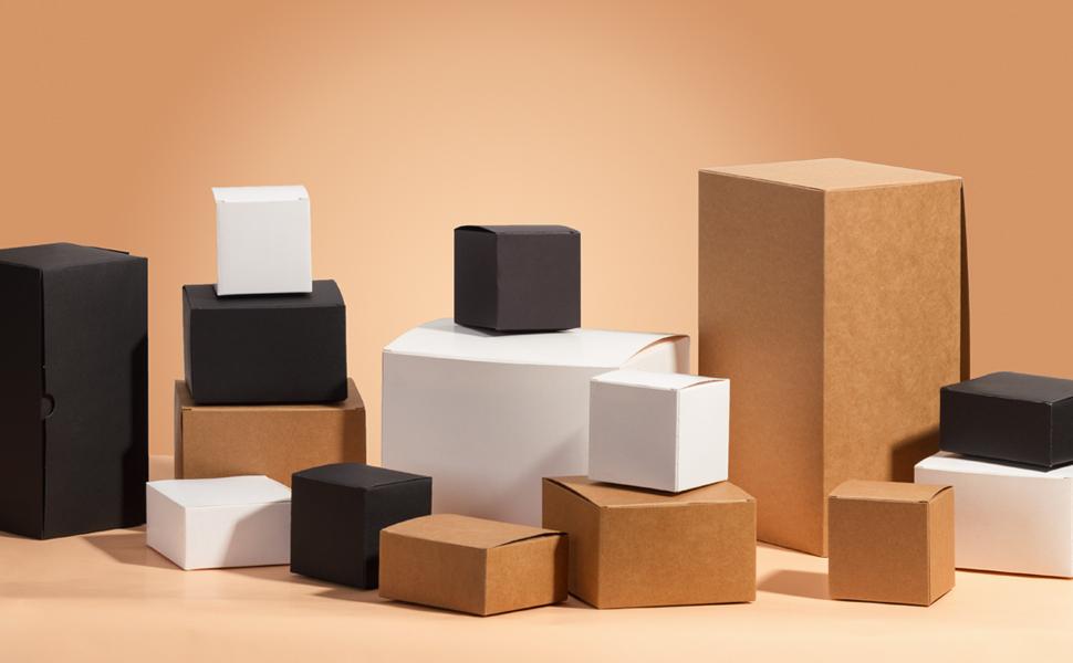 RUSPEPA Cajas De Regalo De Cartón Reciclado - Cajas De Regalo Cuadradas Pequeñas con Tapas para Fiestas Y Manualidades - 8X8X8 Cm - Paquete De 20 - Negro: Amazon.es: Hogar
