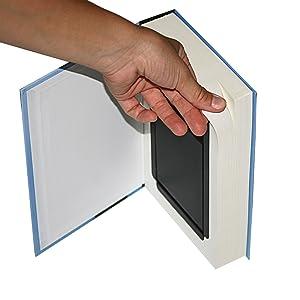 El escondite de objetos de valor ofrece suficiente espacio para dinero en efectivo, tarjetas de crédito, joyas y otros objetos de valor más pequeños.