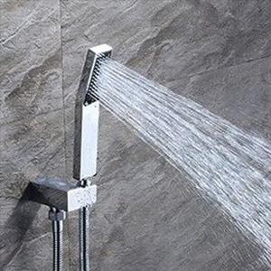 Fácil instalación. La alcachofa de ducha ...