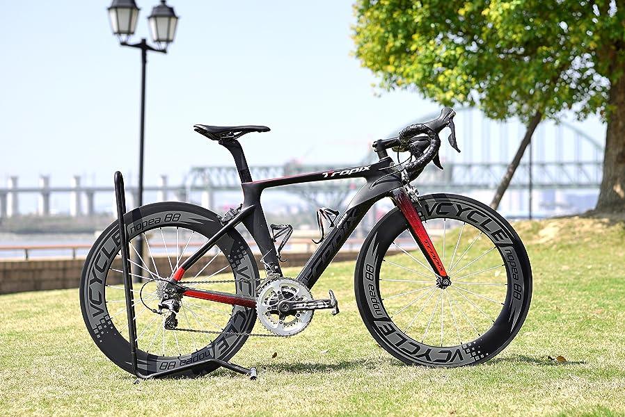 VCYCLE sirve a un grupo de ciclistas entusiastas y empresas de todo el mundo a través de proporcionar rápido, de alta calidad y duraderas ruedas de carbono.