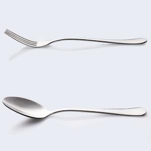 El mango curvo se adapta bien a los dedos. Con el cuerpo plano sin diseño decorativo, es sencillo y elegante y no pasa de moda.
