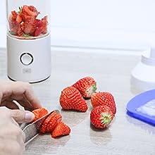 N NEWKOIN Licuadora portátil, mini licuadora de frutas, licuadora de deportes, mini licuadora personal portátil, interfaz USB y recargable, hoja de acero inoxidable 304, 450 ml, blanco: Amazon.es