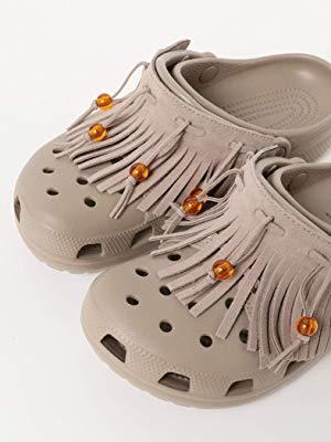 Amazon   [ビームス] サンダル crocs 別注 フリンジ クロッグ