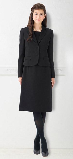 a06fe4fa894d6 ブラックフォーマル(喪服・礼服)はだいたい5~8年は着用出来る様に、パターンや仕様が作られています。 こちらの商品はそんなトレンドに左右されること無く  ...