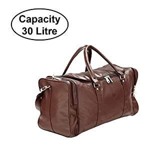 b3a814eccb6 This duffle bag for men comes with a capacity of 30ltrs, which will suffice  to carry all your essentials for a short getaway.
