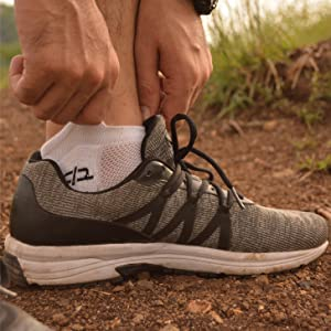 Heelium Bamboo Men's Ankle Socks for Running Sports Black Grey White & Blue, Anti Odour Anti Blister