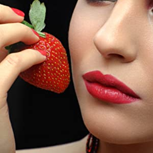 Rivona Naturals Strawberry Lip Scrub for Pumping & Brightening Dark Lips – 22 g
