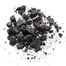 Binchotan charcoal detoxifies the hair and scalp