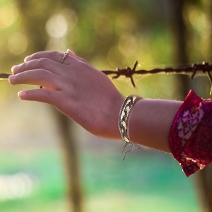 Handmade vintage look Wrapped Wristband Bracelets Men Women leather Cords Beads Ethnic Bracelets