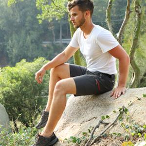 cargo shorts with elastic waist