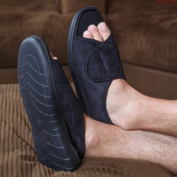 Jamming memory foam slippers - Amazon's Fire HD 10 is on sale for $100