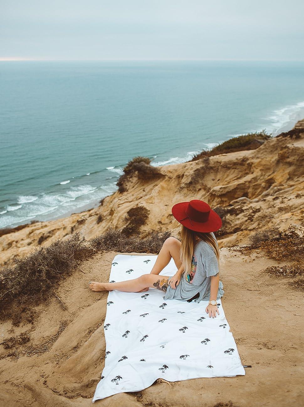 Lytepark Microfiber Beach Towel Extra LARGE XL /& Oversized Quick Dry Lightweight