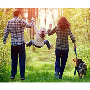 happy healthy family dog outside daughter mother father woman man kid healthy glycemic blood sugar