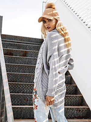 397ec73e48 This is the perfect chunky cardigan for fall and winter. Style it with a  pair of denim jeans and a white tee for the ultimate effortless street style