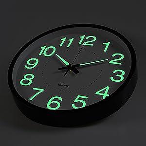 Amazon Com Foxtop Silent Non Ticking Wall Clock Battery