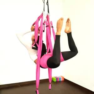 Amazon.com : Pavandeep Aerial Yoga Swing Set - Trapeze Yoga ...