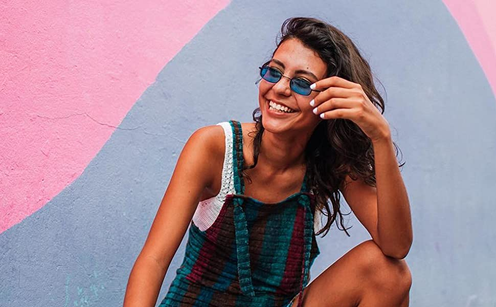 bce6d1ec99c Amazon.com  sunglassLA - 90 s Small Rectangle Sunglasses For Women ...