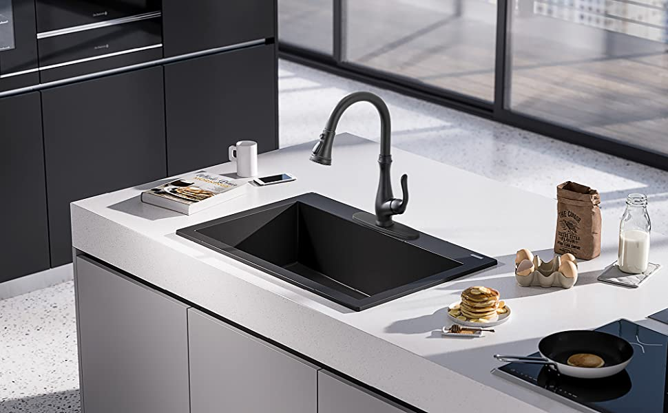 Pictures of kitchens with black faucets — img 15