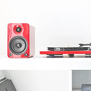 Red YU4 with red turntable