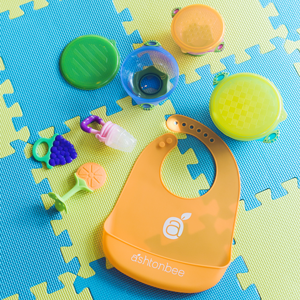 Amazon.com: Silicona Alimentar al bebé baberos con los ...
