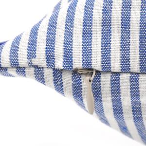 hrow Pillows Striped
