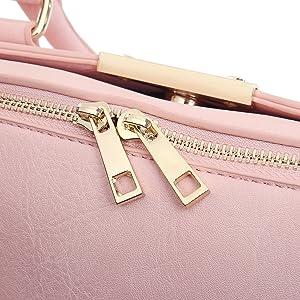 Double zipper puller
