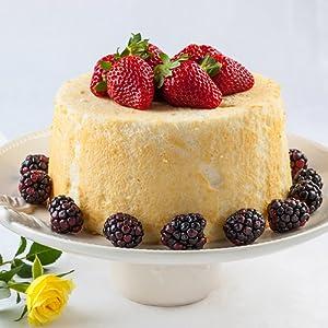 cake keeper cupcake keeper cake carrier cupcake carrier locking cake carrier sterilite