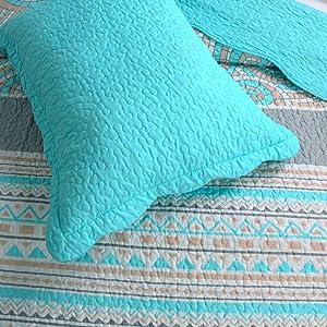 lightweight quilt soft