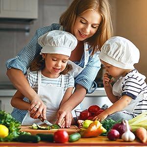 kids preparing healthy food together