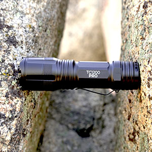 flashlight cree light led flashlight lumen light outdoors hiking camping fishing