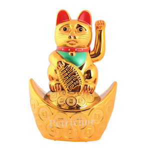 Lucky cat for Home Decor and Gifting