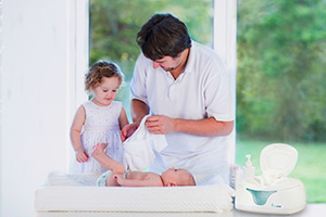 fD5AzPqUTJi0. UX300 TTW - Hiccapop Baby Wipe Warmer And Baby Wet Wipes Dispenser | Baby Wipes Warmer For Babies | Diaper Wipe Warmer With Changing Light