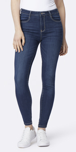bccdd781946fc Amazon.com: WallFlower Women's Juniors Plus Size High Rise Irresistible  Denim Jegging: Clothing