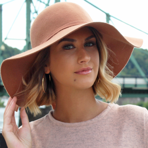59611f936d008 Luxury Divas Wide Brimmed Wool Floppy Hat