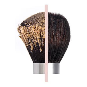 cosmetic makeup brush with clean & dirty bristles