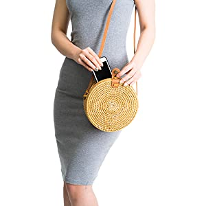 Handwoven-Round-Rattan Bag-Shoulder-Leather Straps-Natural-Chic-Hand-NATURALNEO- (44)