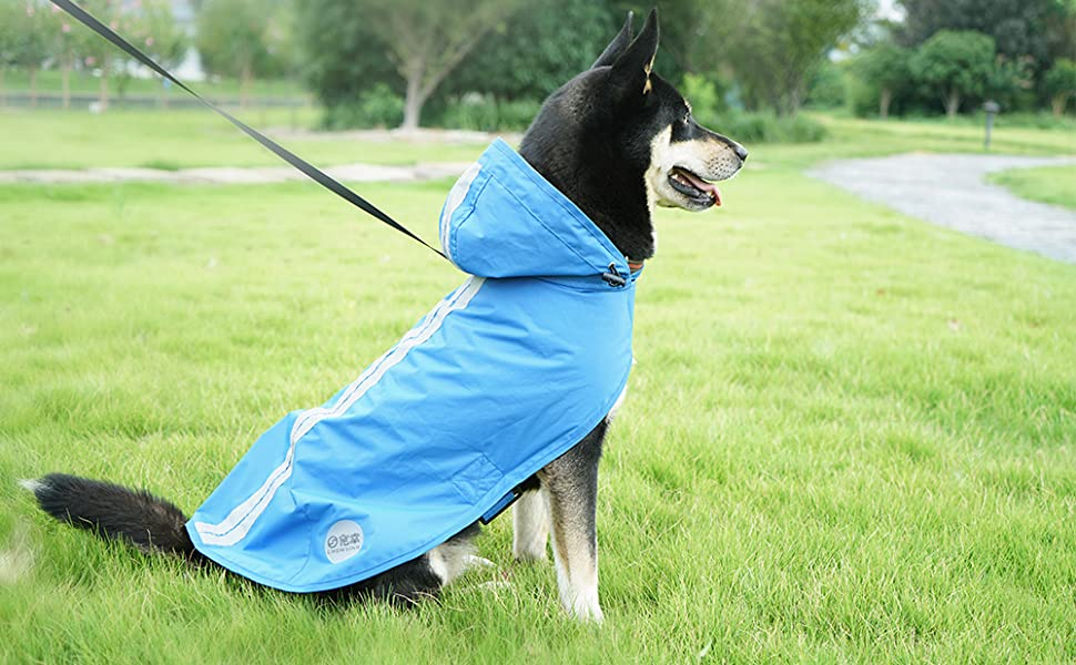 Nourse CHOWSING Dog Raincoat Adjustable Lightweight Waterproof Dog Rain Jacket Dog Rain Poncho Dog Rain Gear with Reflective Strip for Small Medium ...